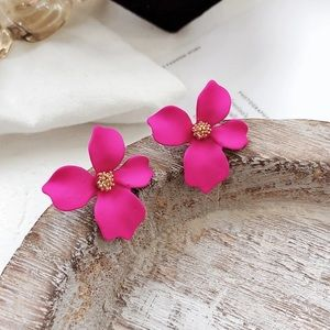 Neon pink flower earrings